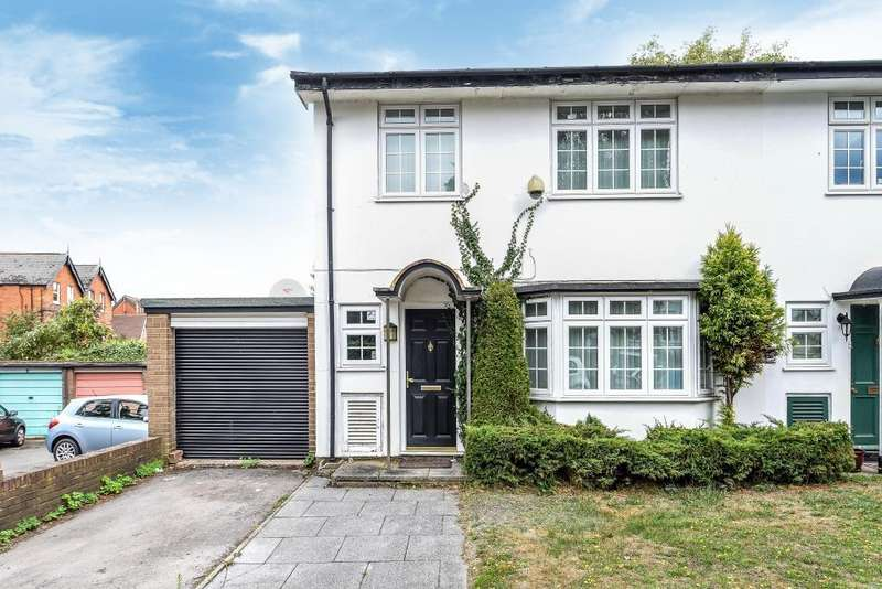 3 Bedrooms House for sale in Wood Green Close, Reading, RG30
