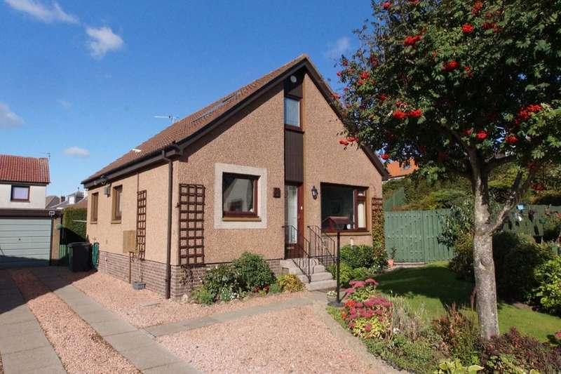 3 Bedrooms Detached House for sale in Keilburn, Lundin Links, Leven, KY8
