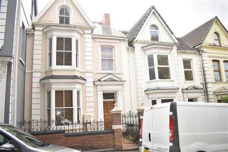 4 Bedrooms Terraced House for sale in Goring Road, Llanelli