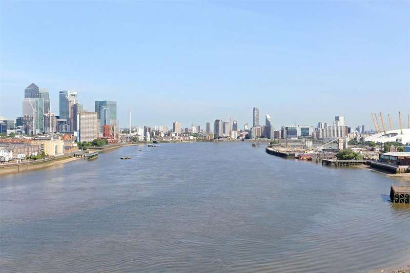 3 Bedrooms Flat for sale in River Gardens Walk, Greenwich, London, SE10