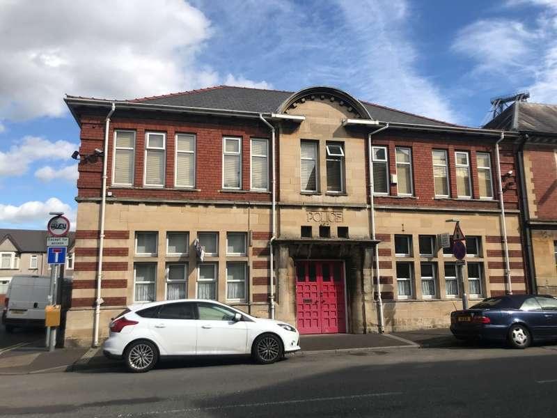 10 Bedrooms Semi Detached House for sale in 103 Alexandra Road, Newport