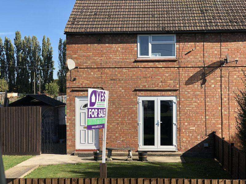 2 Bedrooms Semi Detached House for sale in Dozens Bank, West Pinchbeck