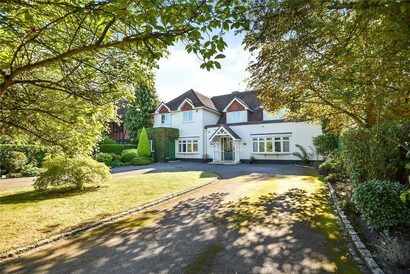 4 Bedrooms Detached House for sale in The Drive, Ickenham, Middlesex, UB10