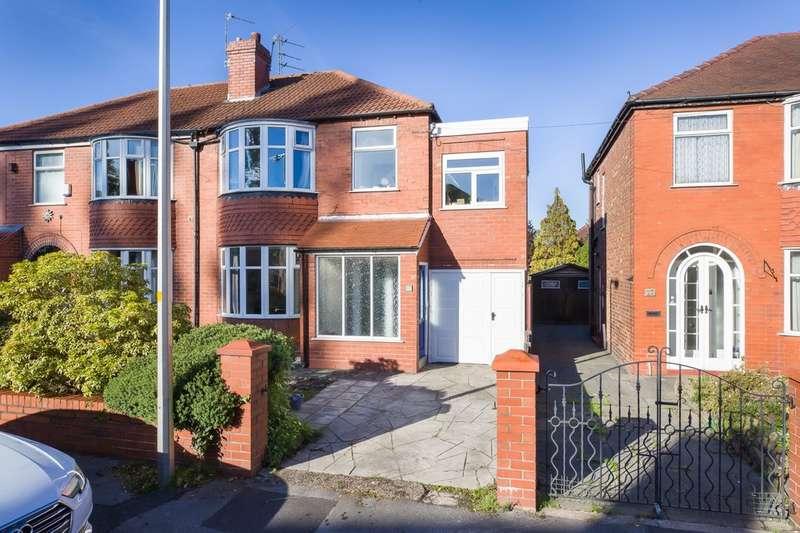 4 Bedrooms Semi Detached House for sale in Woodlands Road, Heaton Mersey