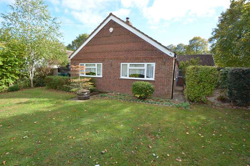 3 Bedrooms Detached Bungalow for sale in Bletchley