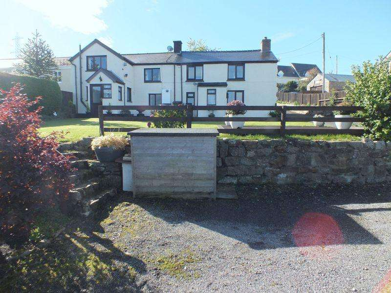 5 Bedrooms Detached House for sale in 4 Llewellyns Row, Llanelly Hill, NP7 0PH