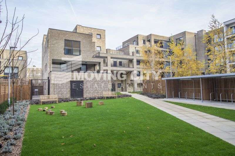 2 Bedrooms Flat for sale in Riemann Court, Parkside, Bow, E3
