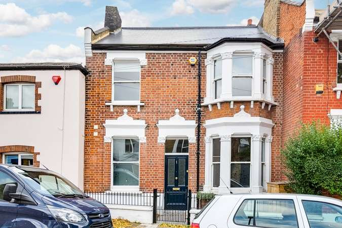4 Bedrooms End Of Terrace House for sale in Ashbourne Grove, Chiswick