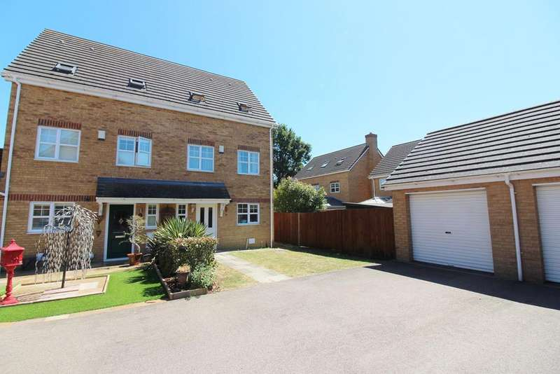 4 Bedrooms Town House for sale in The Sidings, Lower Stondon, Hitchin , SG16