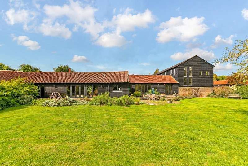 5 Bedrooms Barn Conversion Character Property for sale in Braughing, Nr Ware