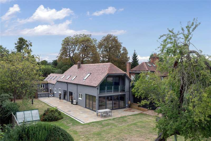 5 Bedrooms Detached House for sale in Stoke Green, Stoke Poges, Buckinghamshire, SL2