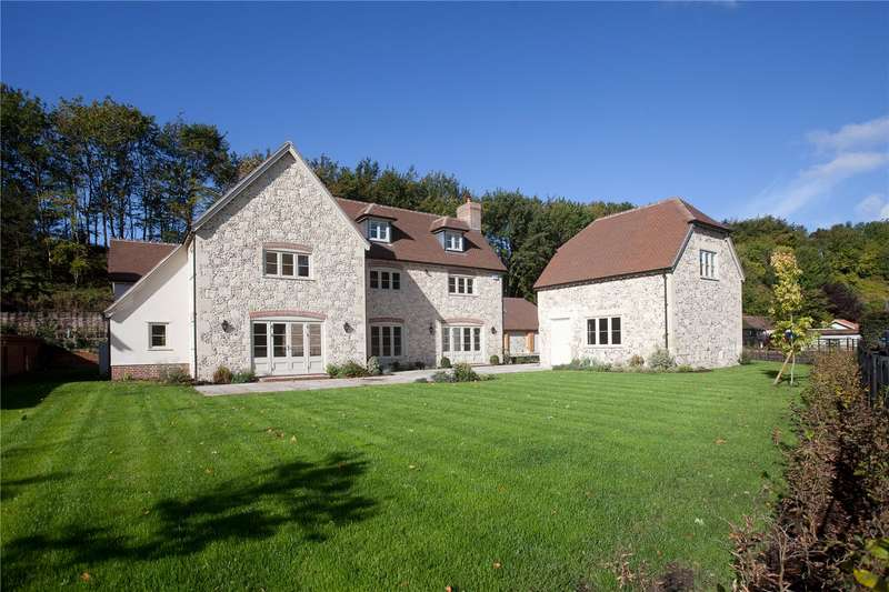 5 Bedrooms Detached House for sale in Upper Woodford, Salisbury, Wiltshire, SP4