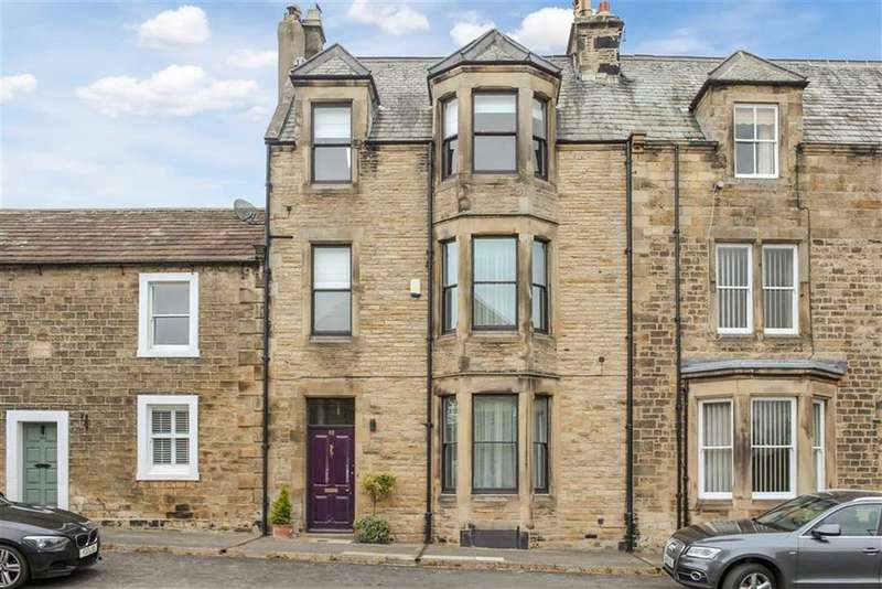 3 Bedrooms Terraced House for sale in Newgate, Barnard Castle, County Durham
