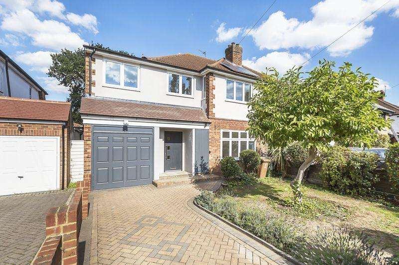 5 Bedrooms Semi Detached House for sale in The Drive, Bexley