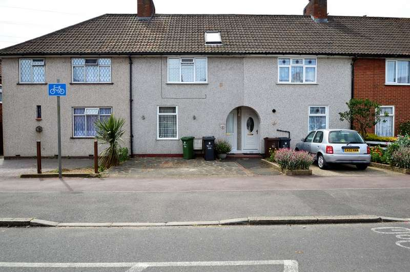 2 Bedrooms Property for sale in Stamford Road, Dagenham, RM9