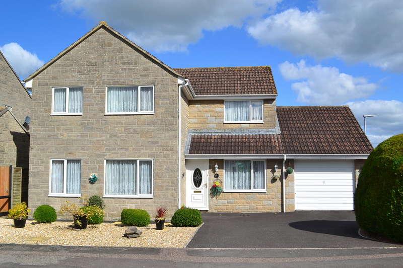 4 Bedrooms Detached House for sale in Henstridge, Somerset, BA8