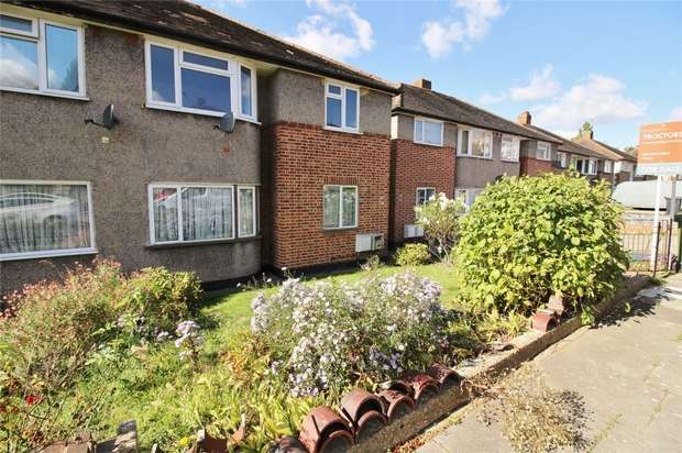 2 Bedrooms Flat for sale in Meadowview Road, Catford, London