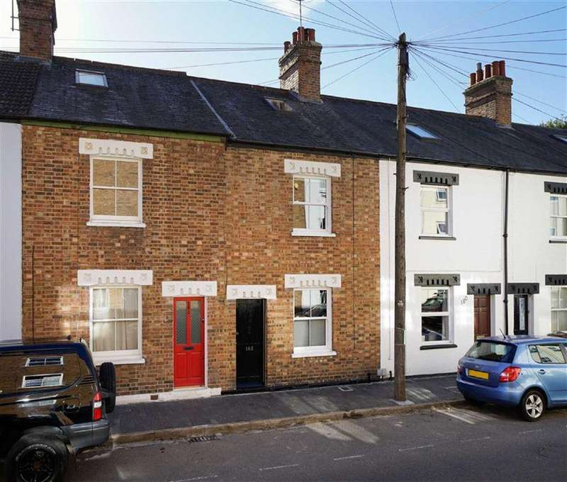 3 Bedrooms Terraced House for sale in Riverside Road, St Albans, Hertfordshire