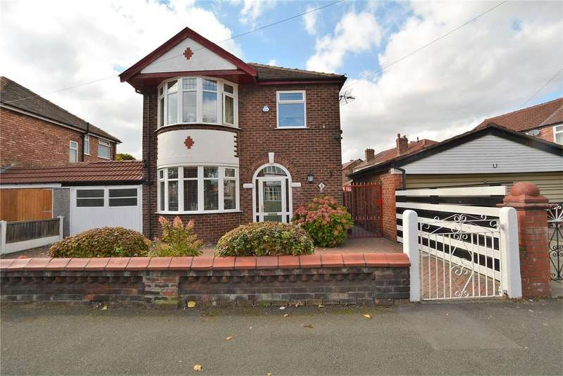 3 Bedrooms Detached House for sale in Cressingham Road, Stretford, Manchester, M32