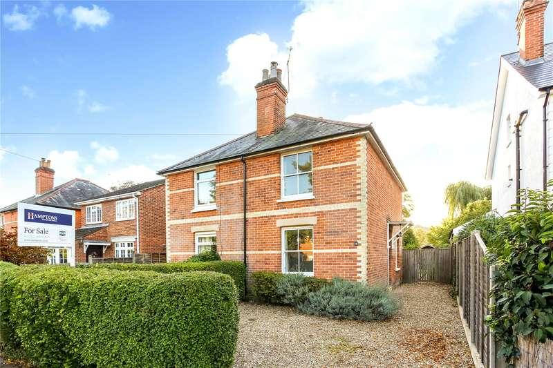 3 Bedrooms Semi Detached House for sale in Wellington Avenue, Fleet, Hampshire, GU51
