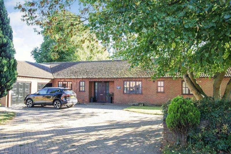 4 Bedrooms Detached Bungalow for sale in Bridge Street, Marston