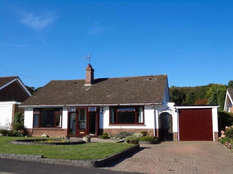 3 Bedrooms Detached Bungalow for sale in West Runton
