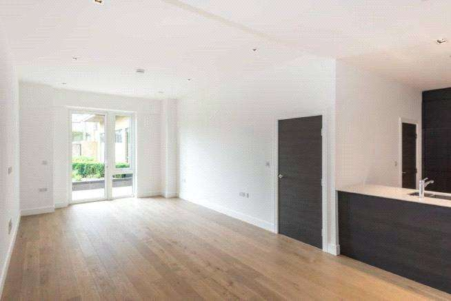 2 Bedrooms Apartment Flat for sale in Quayside House, Kew Bridge Road, Kew, London, TW8
