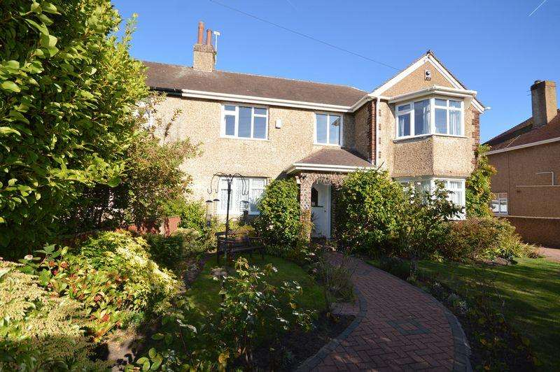 4 Bedrooms Semi Detached House for sale in Park Way, Meols