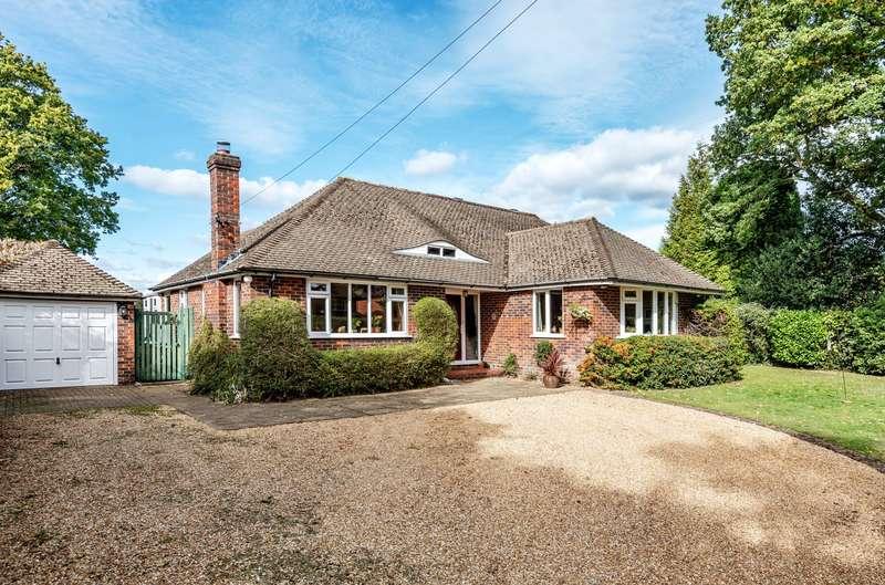 4 Bedrooms Detached Bungalow for sale in Woking