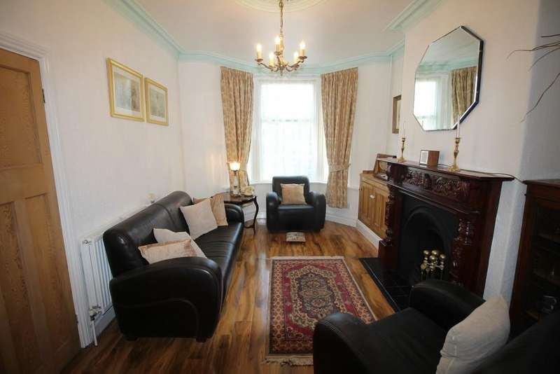 2 Bedrooms Terraced House for sale in North Church Street, Fleetwood