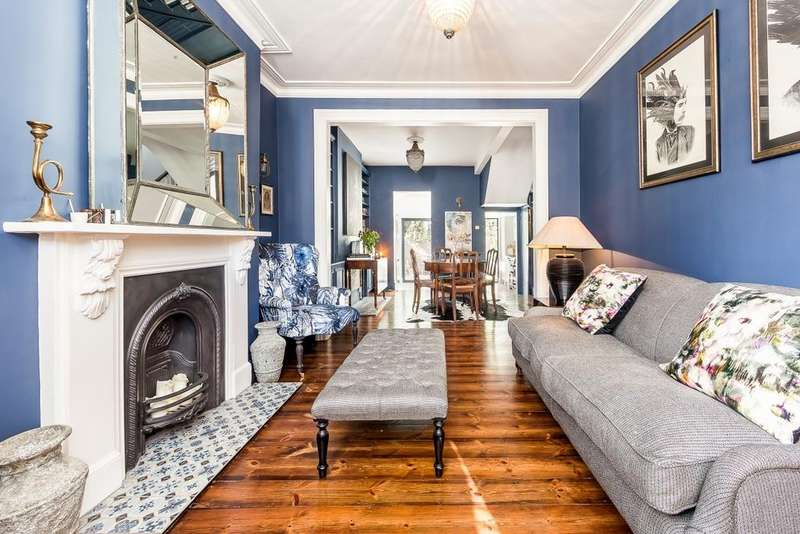 3 Bedrooms Terraced House for sale in Carthew Road, Brackenbury, London, W6