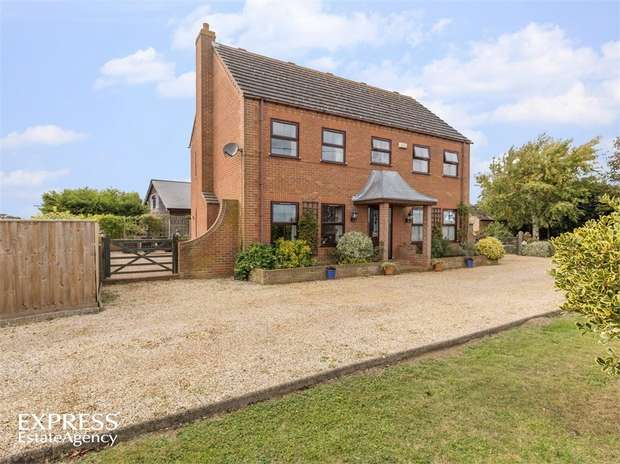 6 Bedrooms Detached House for sale in Middle Drove, St Johns Fen End, Wisbech, Norfolk