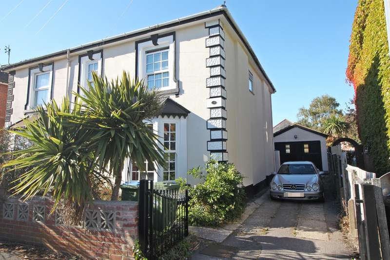 3 Bedrooms Semi Detached House for sale in College Road, Woolston, Southampton, SO19 9GD