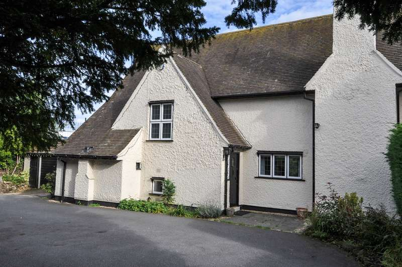 4 Bedrooms Detached House for sale in Turves Green, Northfield, Birmingham, B31