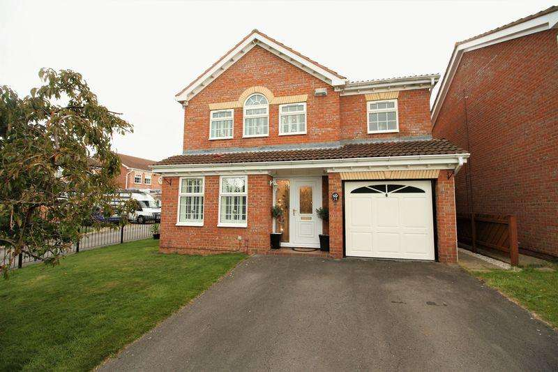 4 Bedrooms Detached House for sale in Comfrey, Middlesbrough