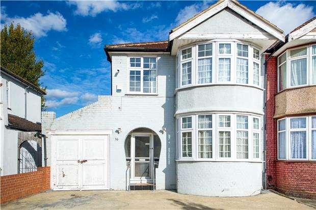 3 Bedrooms Semi Detached House for sale in Brampton Road, LONDON, NW9 9BU