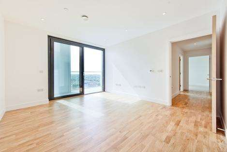 2 Bedrooms Penthouse Flat for sale in Station Road, London SE13
