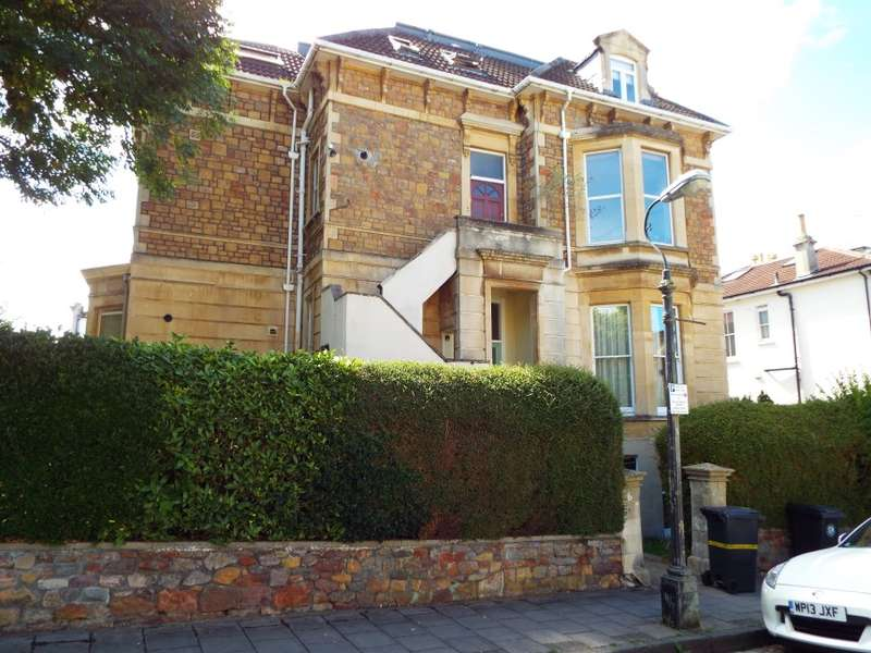 2 Bedrooms Flat for sale in Lower Ground Floor Flat, 6 Cotham Gardens, Cotham, Bristol, City Of Bristol
