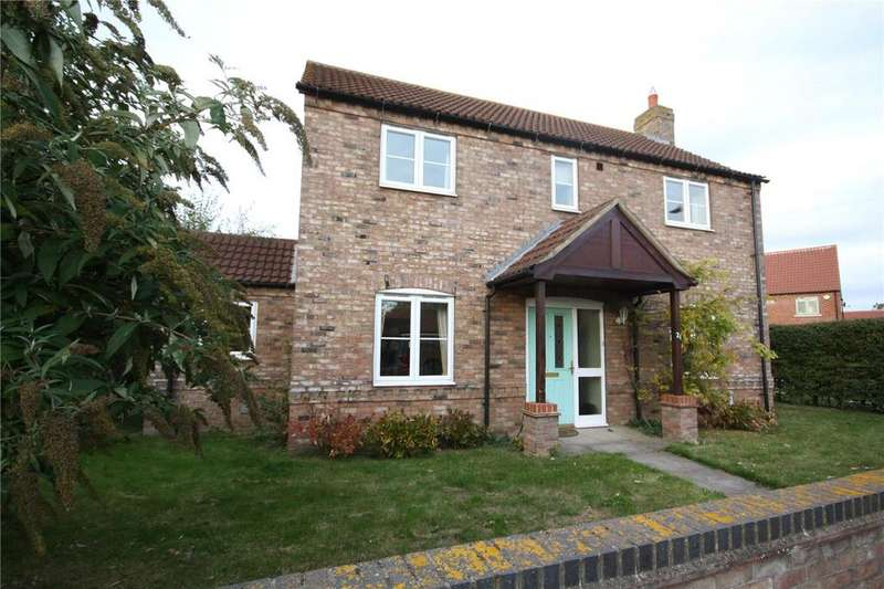 3 Bedrooms Detached House for sale in High Street, Martin, Lincoln, Lincolnshire, LN4
