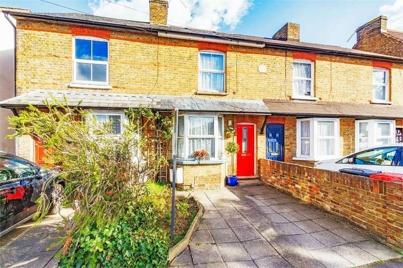 2 Bedrooms Terraced House for sale in Willoughby Road, Langley, Berkshire
