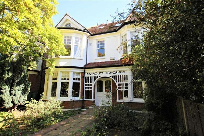 6 Bedrooms Semi Detached House for sale in Woodside Avenue, Whetstone, London