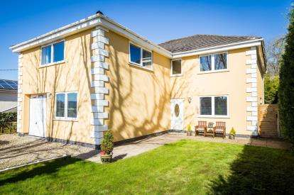 5 Bedrooms Detached House for sale in Cefn Bychan Road, Pantymwyn, Mold, Flintshire, CH7