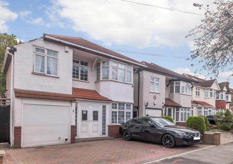 4 Bedrooms Detached House for sale in Worple Way, Harrow, Middlesex