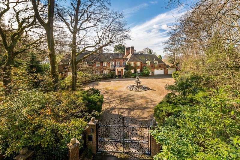 7 Bedrooms Detached House for sale in Durford Wood, Petersfield