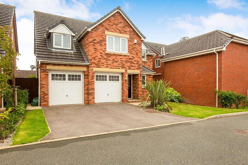 5 Bedrooms Detached House for sale in Kendal Gardens, Leyland, PR25