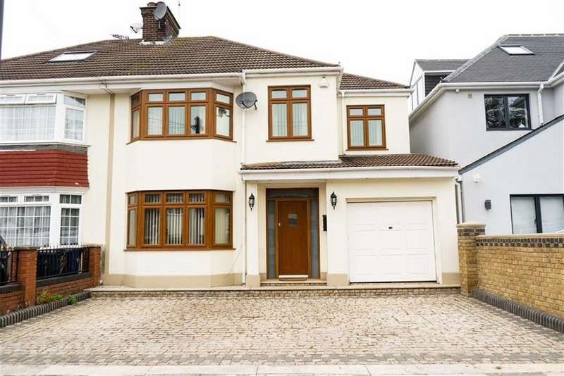 4 Bedrooms Semi Detached House for sale in Melbury Avenue, Norwood Green, Middlesex