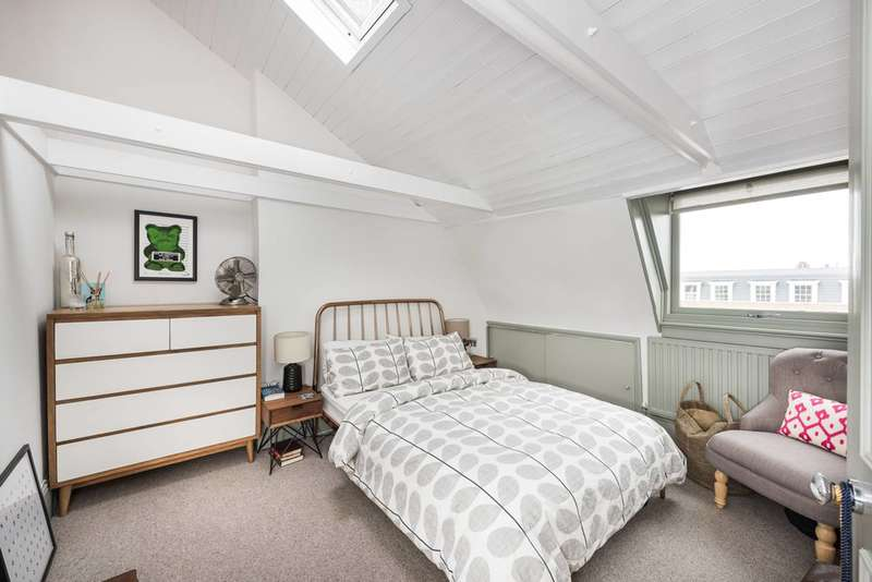 2 Bedrooms Flat for sale in Clapham Road, Oval, SW9