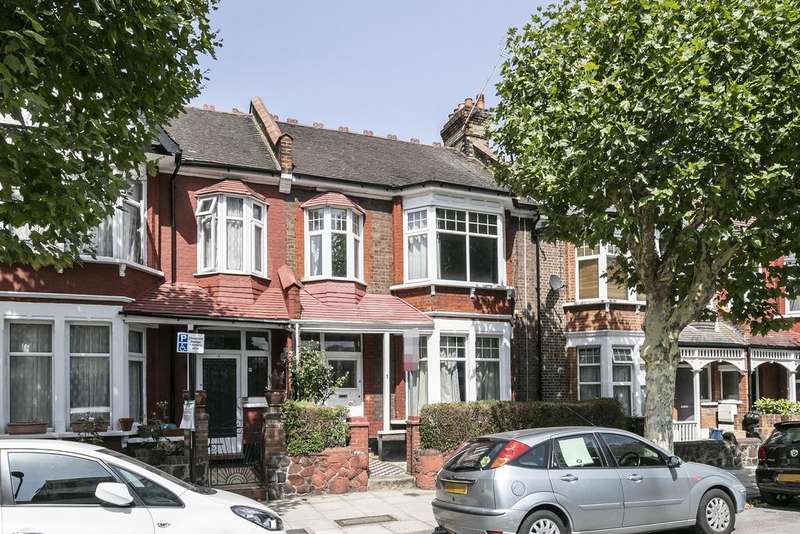 4 Bedrooms Terraced House for sale in Cleveleys Road, London, E5
