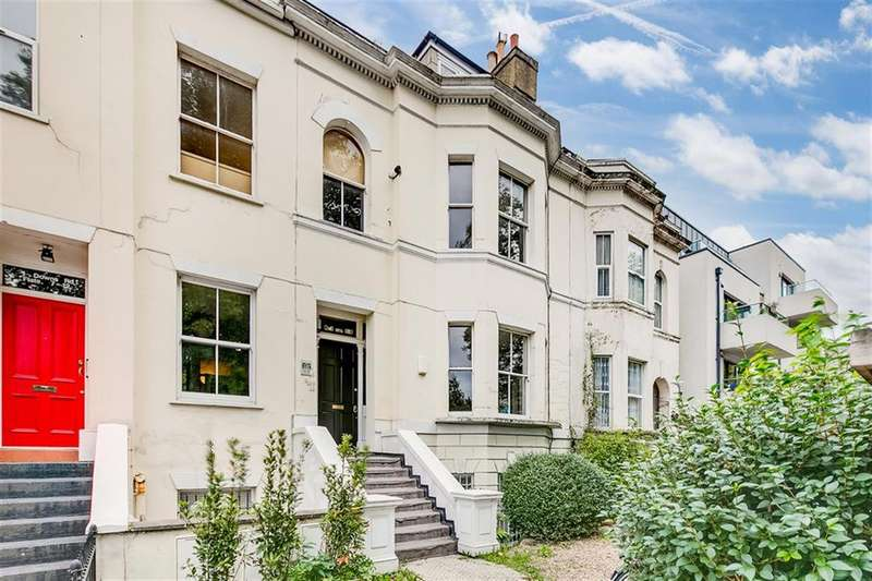 3 Bedrooms Flat for sale in Downs Road, London, E5