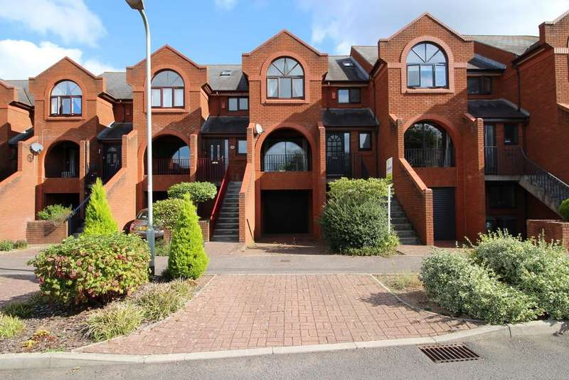 4 Bedrooms Town House for sale in Old Mill Close, Exeter
